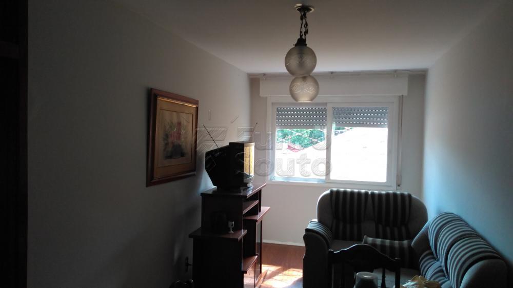 Alugar Apartamento / Padrão em Pelotas R$ 1.300,00 - Foto 2