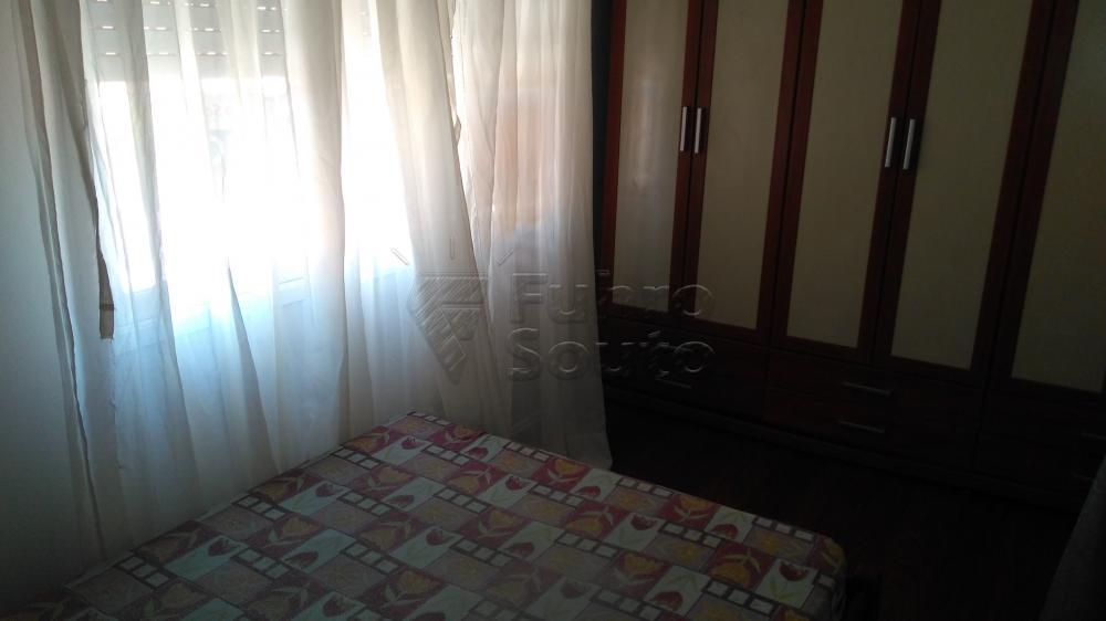 Alugar Apartamento / Padrão em Pelotas R$ 1.300,00 - Foto 9