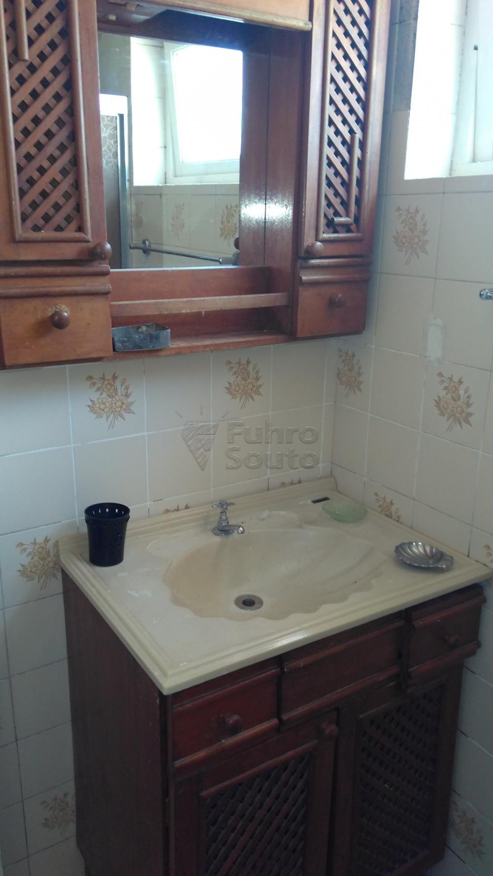Alugar Apartamento / Padrão em Pelotas R$ 1.300,00 - Foto 13