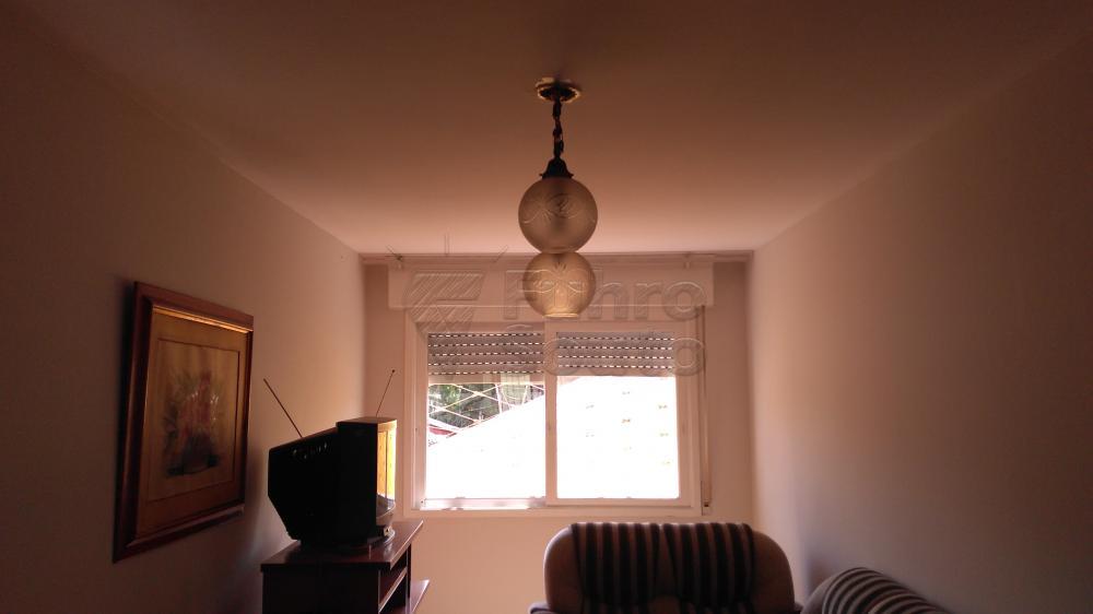 Alugar Apartamento / Padrão em Pelotas R$ 1.300,00 - Foto 6