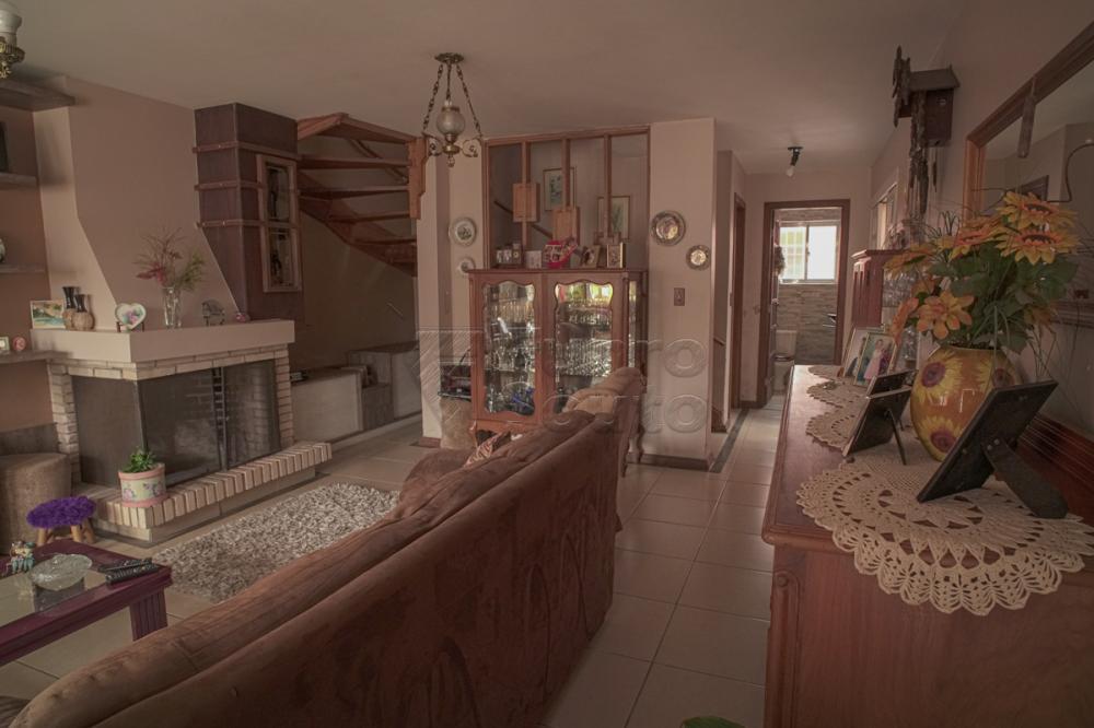 Alugar Casa / Padrão em Pelotas R$ 2.000,00 - Foto 3