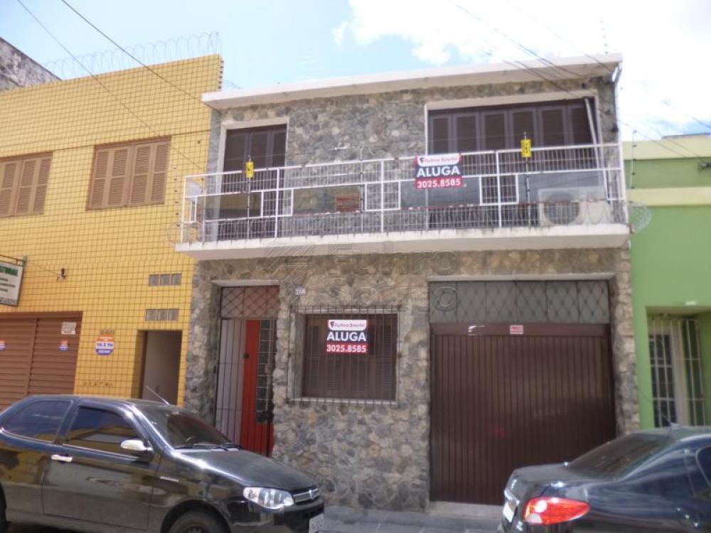 Comprar Casa / Padrão em Pelotas R$ 450.000,00 - Foto 18