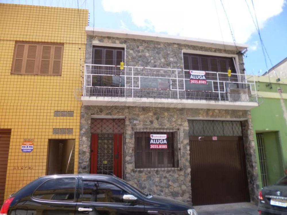 Comprar Casa / Padrão em Pelotas R$ 450.000,00 - Foto 19
