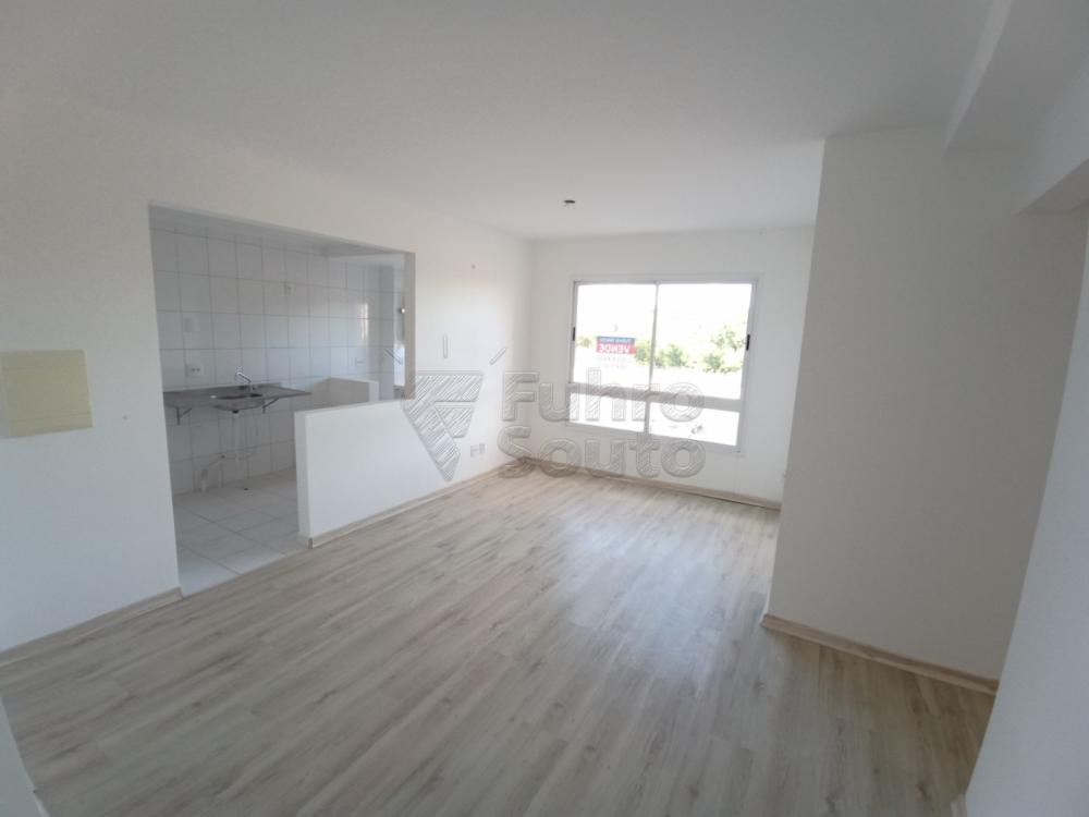 Alugar Apartamento / Padrão em Pelotas R$ 1.400,00 - Foto 8