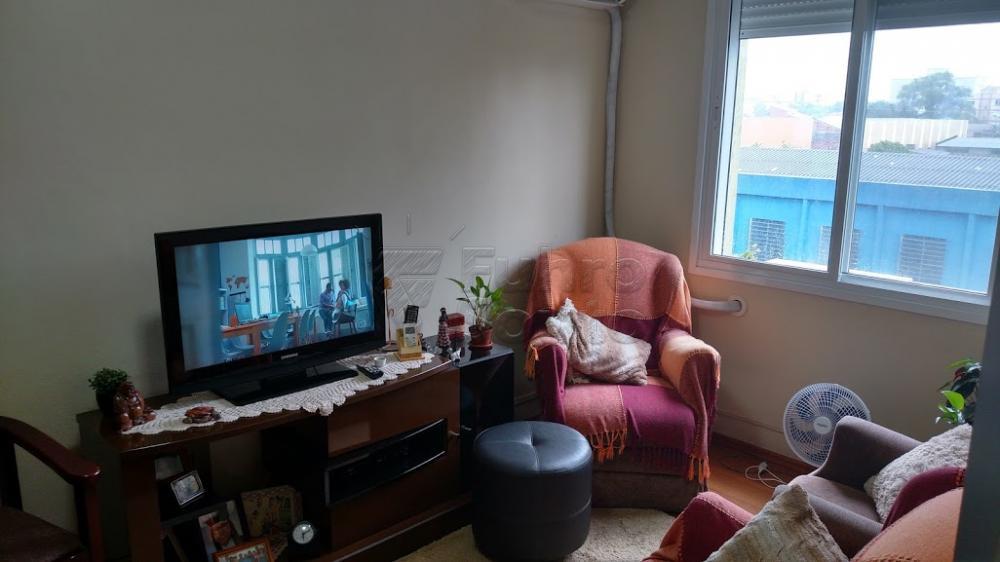 Comprar Apartamento / Padrão em Pelotas R$ 250.000,00 - Foto 5