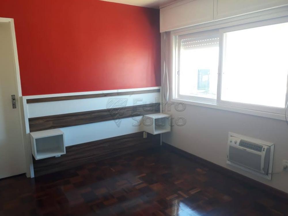 Comprar Apartamento / Padrão em Pelotas R$ 340.000,00 - Foto 10