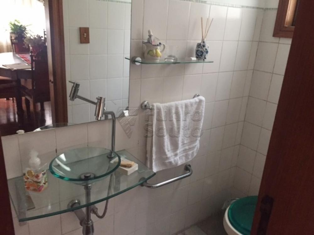 Comprar Apartamento / Cobertura em Pelotas R$ 990.000,00 - Foto 12