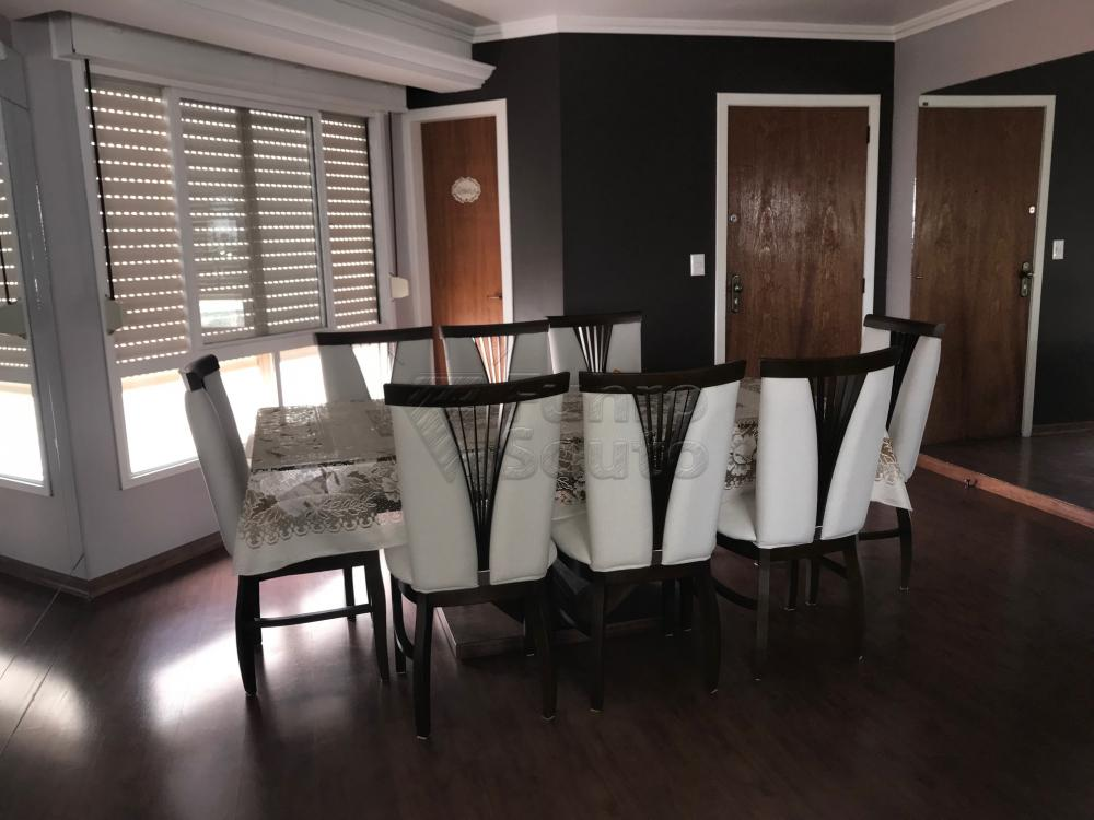 Comprar Apartamento / Cobertura em Pelotas R$ 850.000,00 - Foto 3