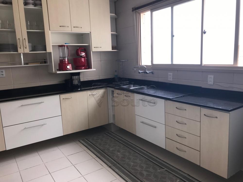 Comprar Apartamento / Cobertura em Pelotas R$ 850.000,00 - Foto 17