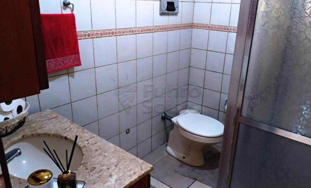 Comprar Casa / Padrão em Pelotas R$ 349.000,00 - Foto 18