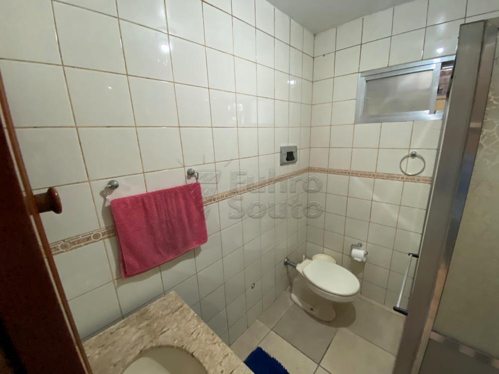 Comprar Casa / Padrão em Pelotas R$ 349.000,00 - Foto 11
