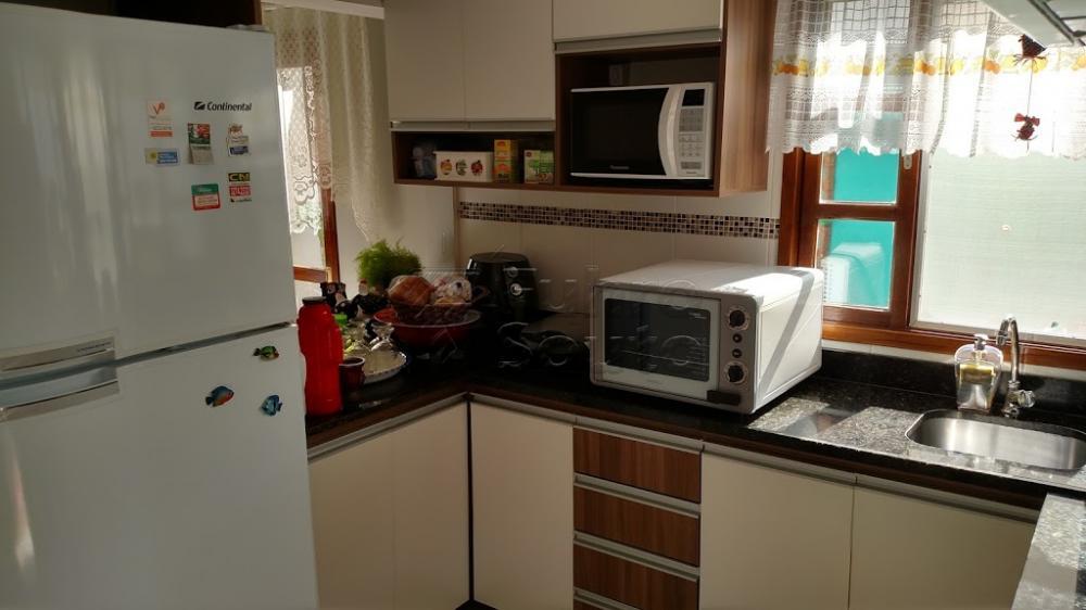 Comprar Casa / Padrão em Pelotas R$ 370.000,00 - Foto 9