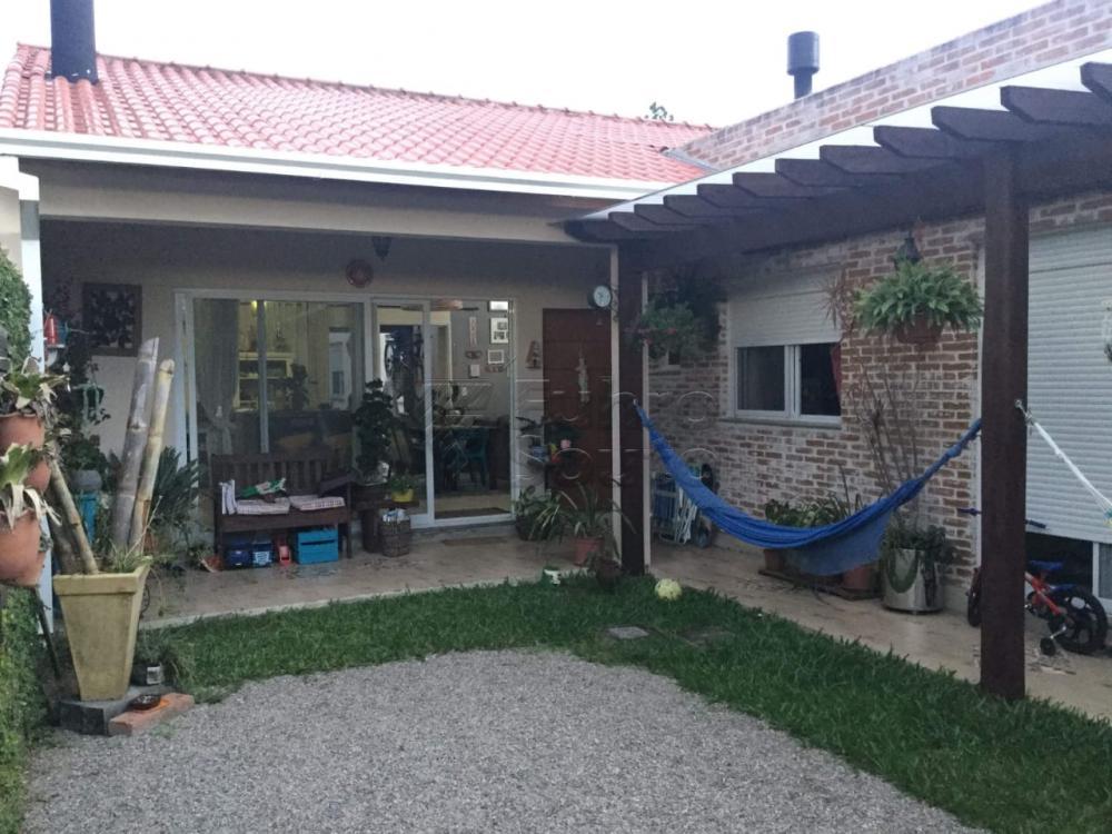 Comprar Casa / Padrão em Pelotas R$ 590.000,00 - Foto 5