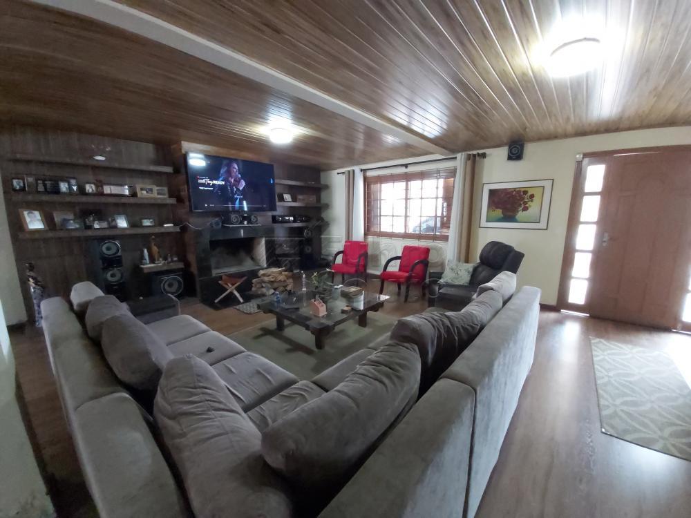 Comprar Casa / Padrão em Pelotas R$ 530.000,00 - Foto 1
