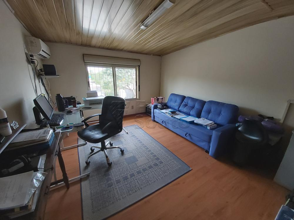 Comprar Casa / Padrão em Pelotas R$ 530.000,00 - Foto 12