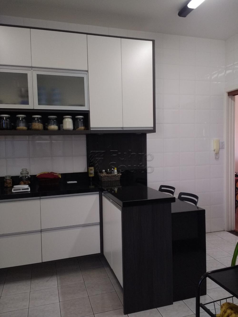 Comprar Apartamento / Cobertura em Pelotas R$ 750.000,00 - Foto 5