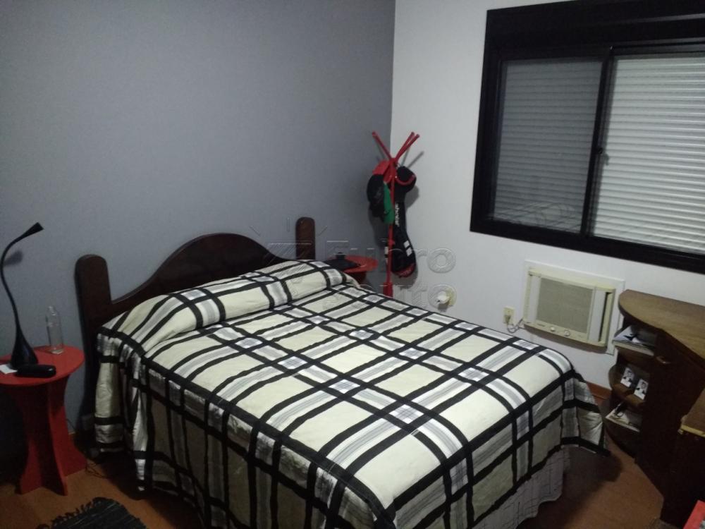 Comprar Apartamento / Cobertura em Pelotas R$ 750.000,00 - Foto 6