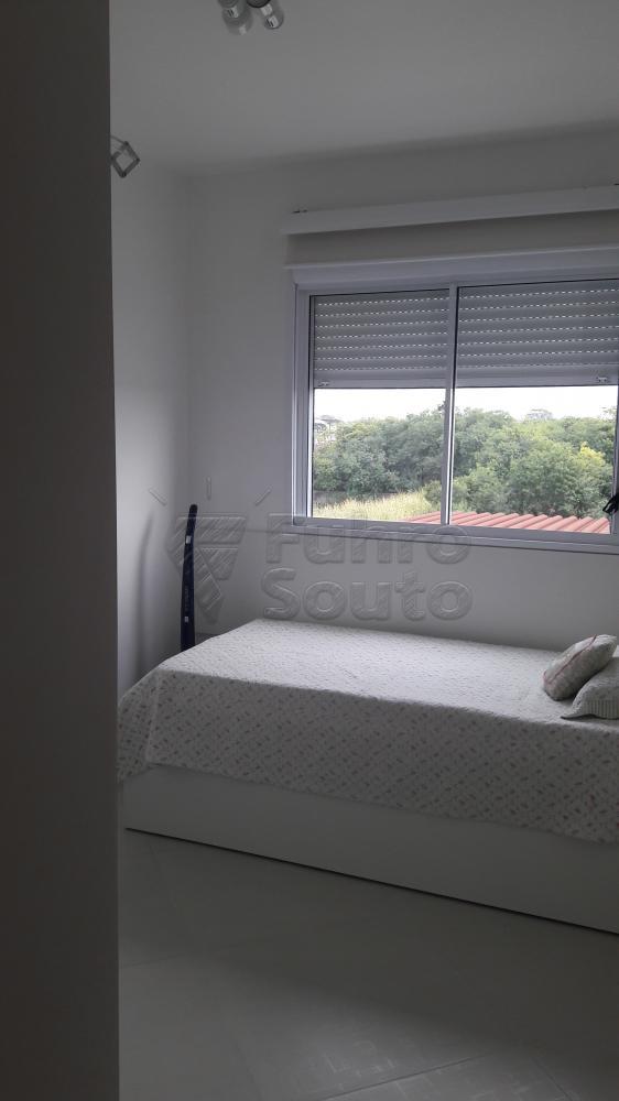 Comprar Apartamento / Padrão em Pelotas R$ 273.000,00 - Foto 12