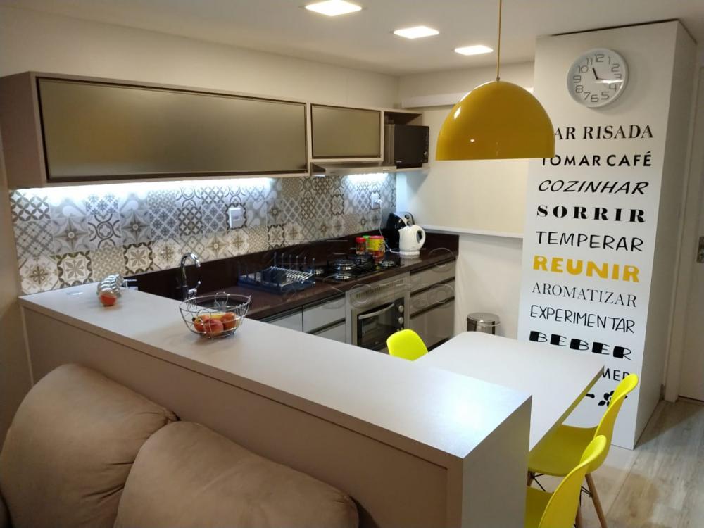 Comprar Apartamento / Padrão em Pelotas R$ 155.000,00 - Foto 2
