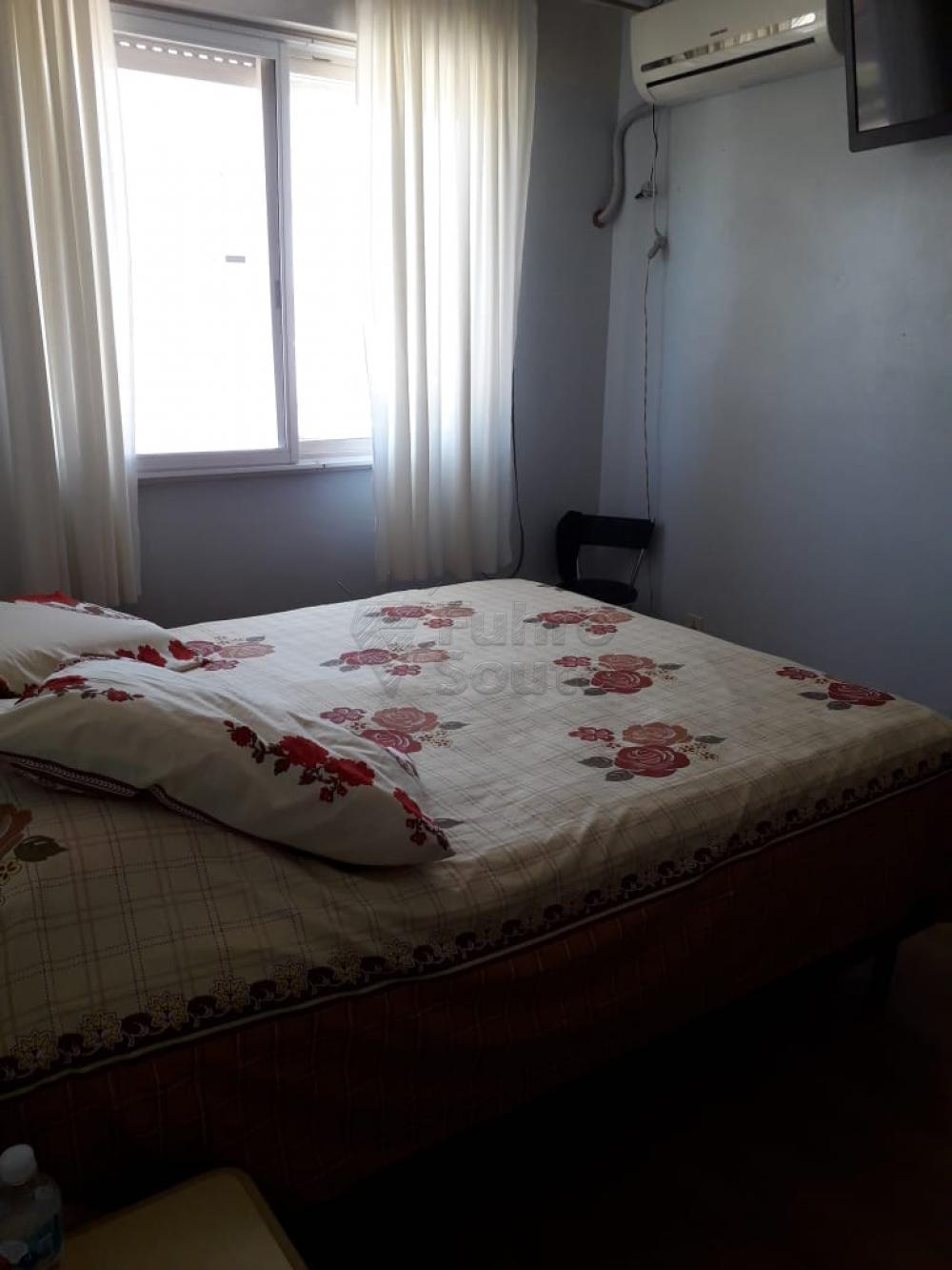 Comprar Apartamento / Padrão em Pelotas R$ 254.400,00 - Foto 3
