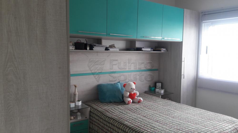 Comprar Apartamento / Padrão em Pelotas R$ 266.000,00 - Foto 8