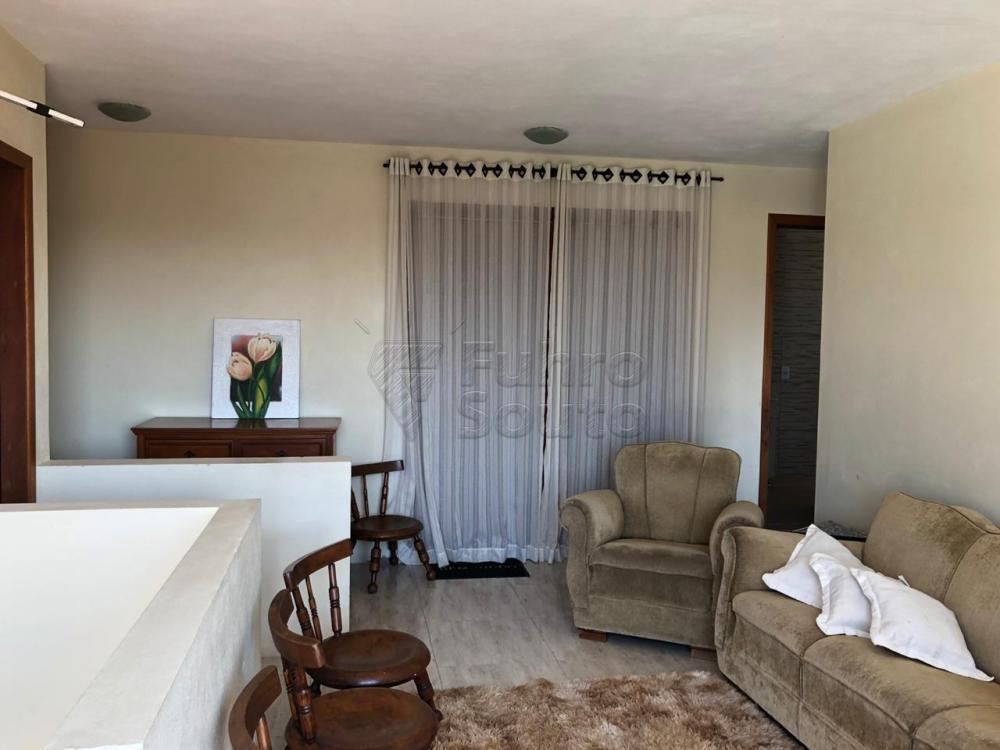 Comprar Casa / Padrão em Pelotas R$ 670.000,00 - Foto 6
