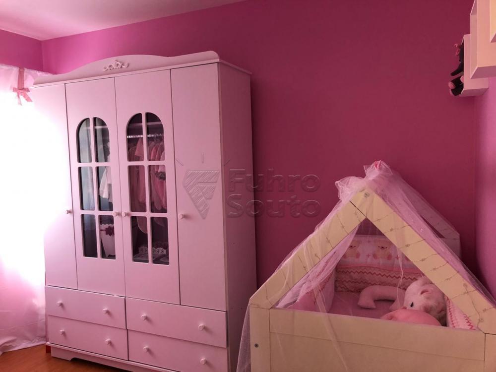 Comprar Casa / Padrão em Pelotas R$ 670.000,00 - Foto 14