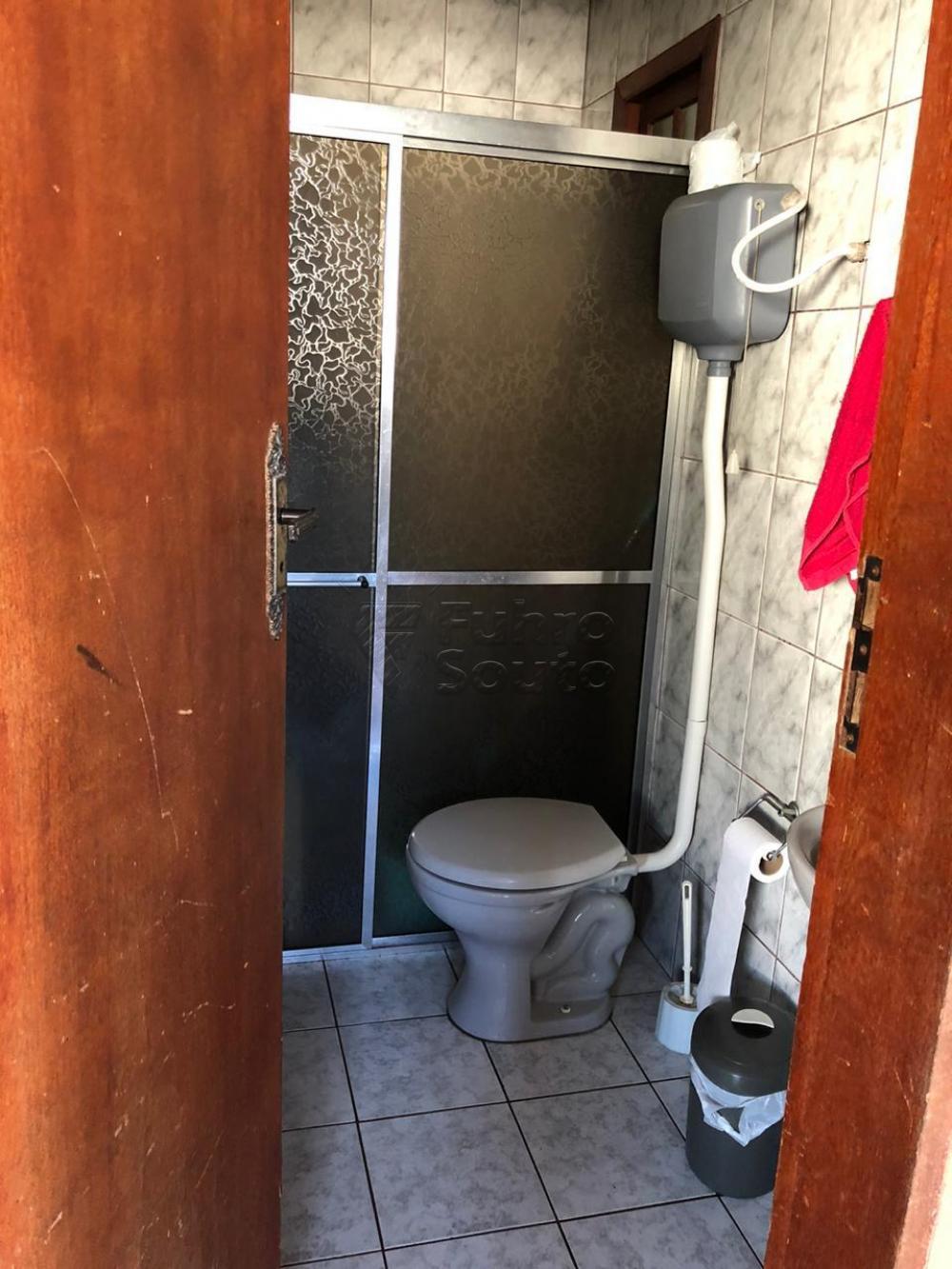 Comprar Casa / Padrão em Pelotas R$ 670.000,00 - Foto 25