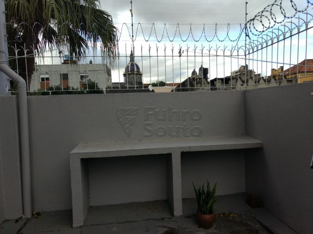 Comprar Apartamento / Padrão em Pelotas R$ 690.000,00 - Foto 14