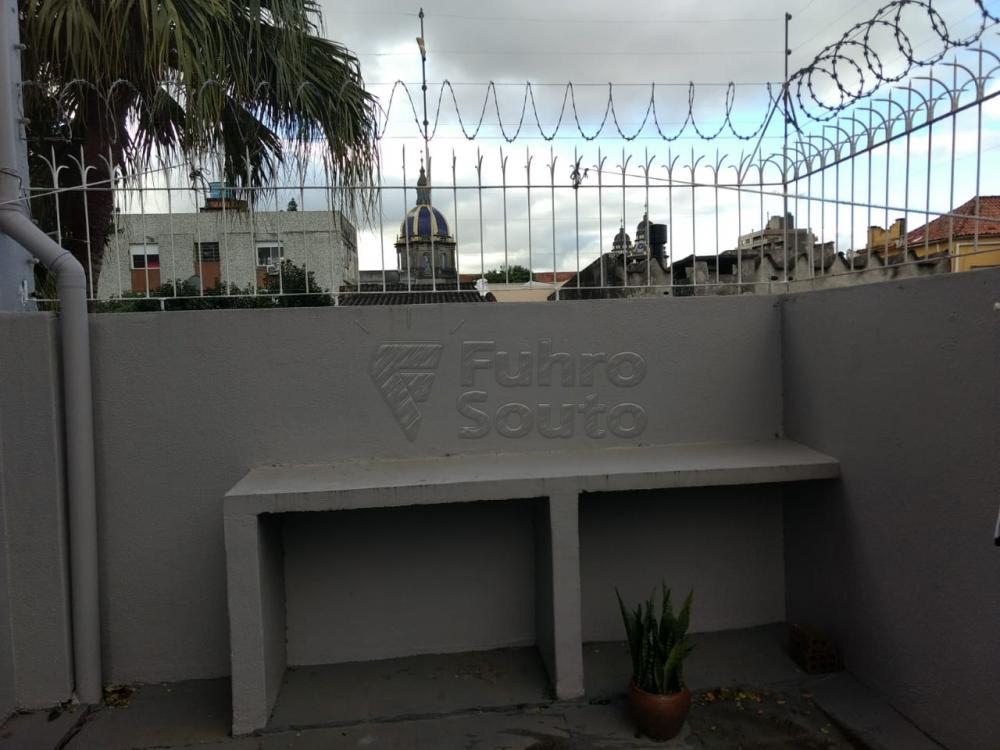 Comprar Apartamento / Padrão em Pelotas R$ 690.000,00 - Foto 16