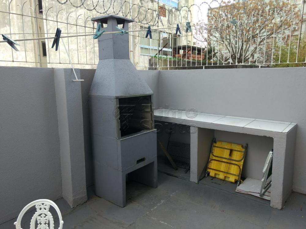 Comprar Apartamento / Padrão em Pelotas R$ 690.000,00 - Foto 17