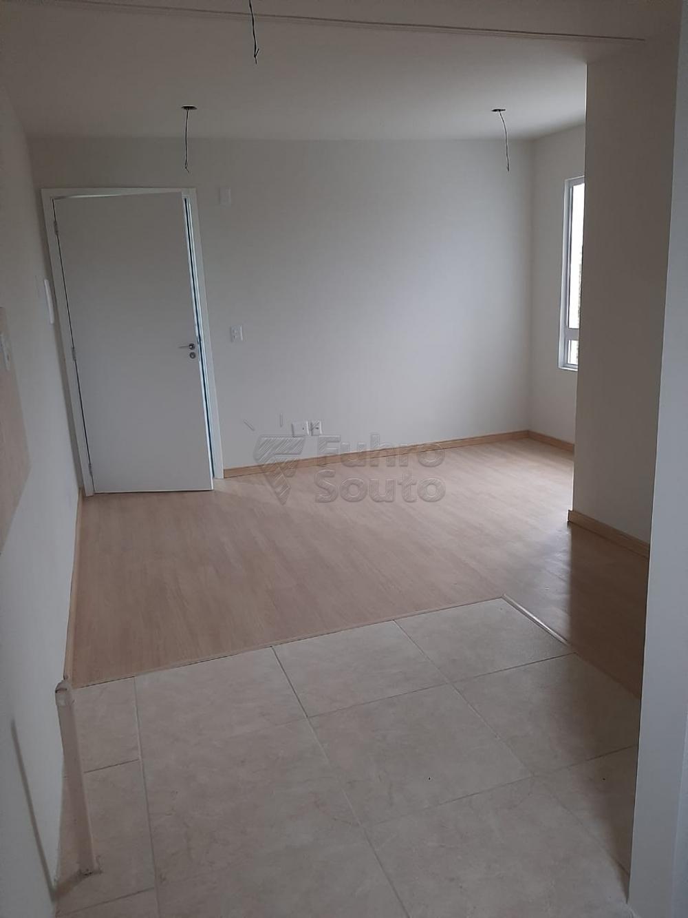 Comprar Apartamento / Padrão em Pelotas R$ 148.000,00 - Foto 8