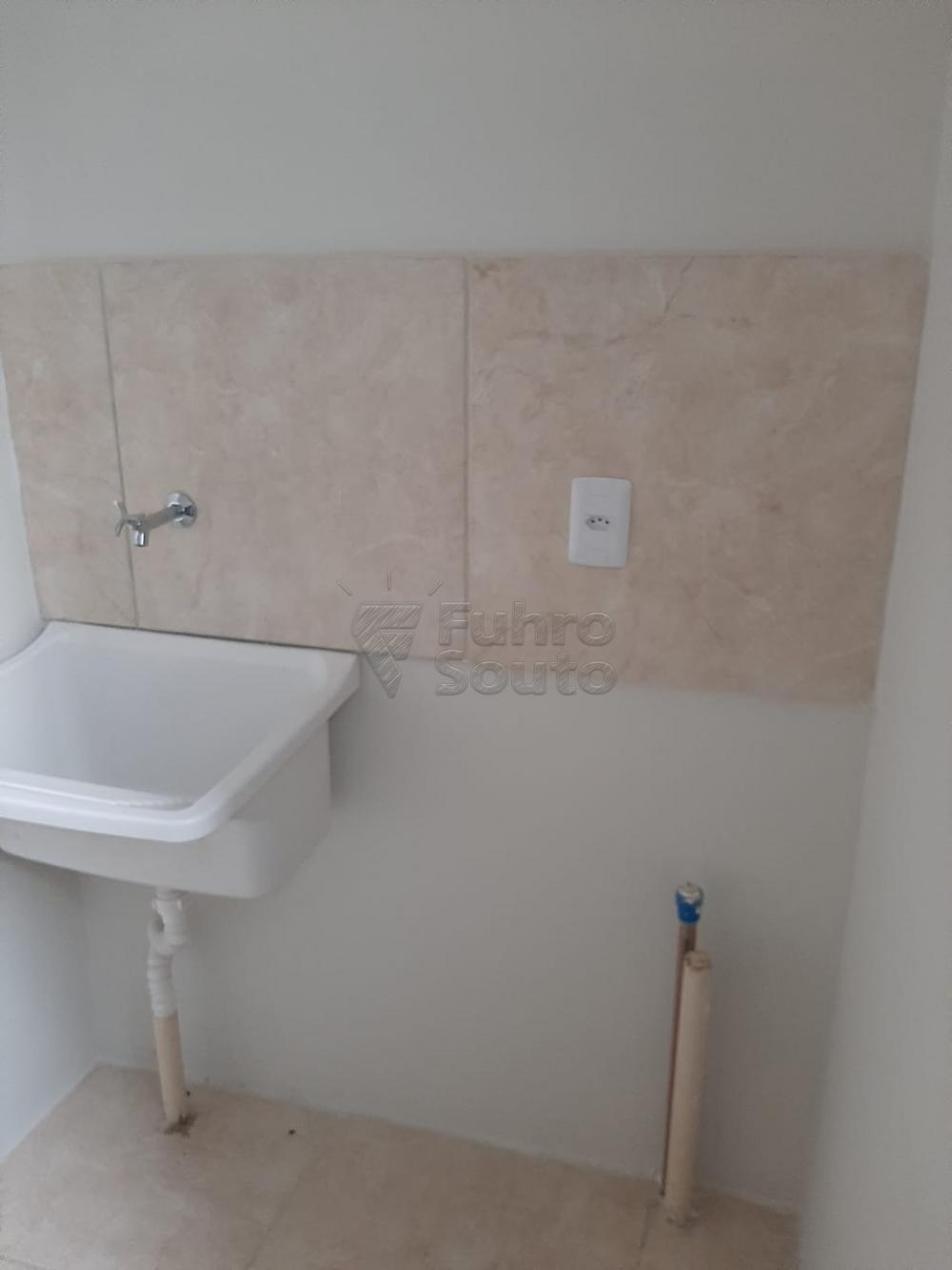 Comprar Apartamento / Padrão em Pelotas R$ 148.000,00 - Foto 9