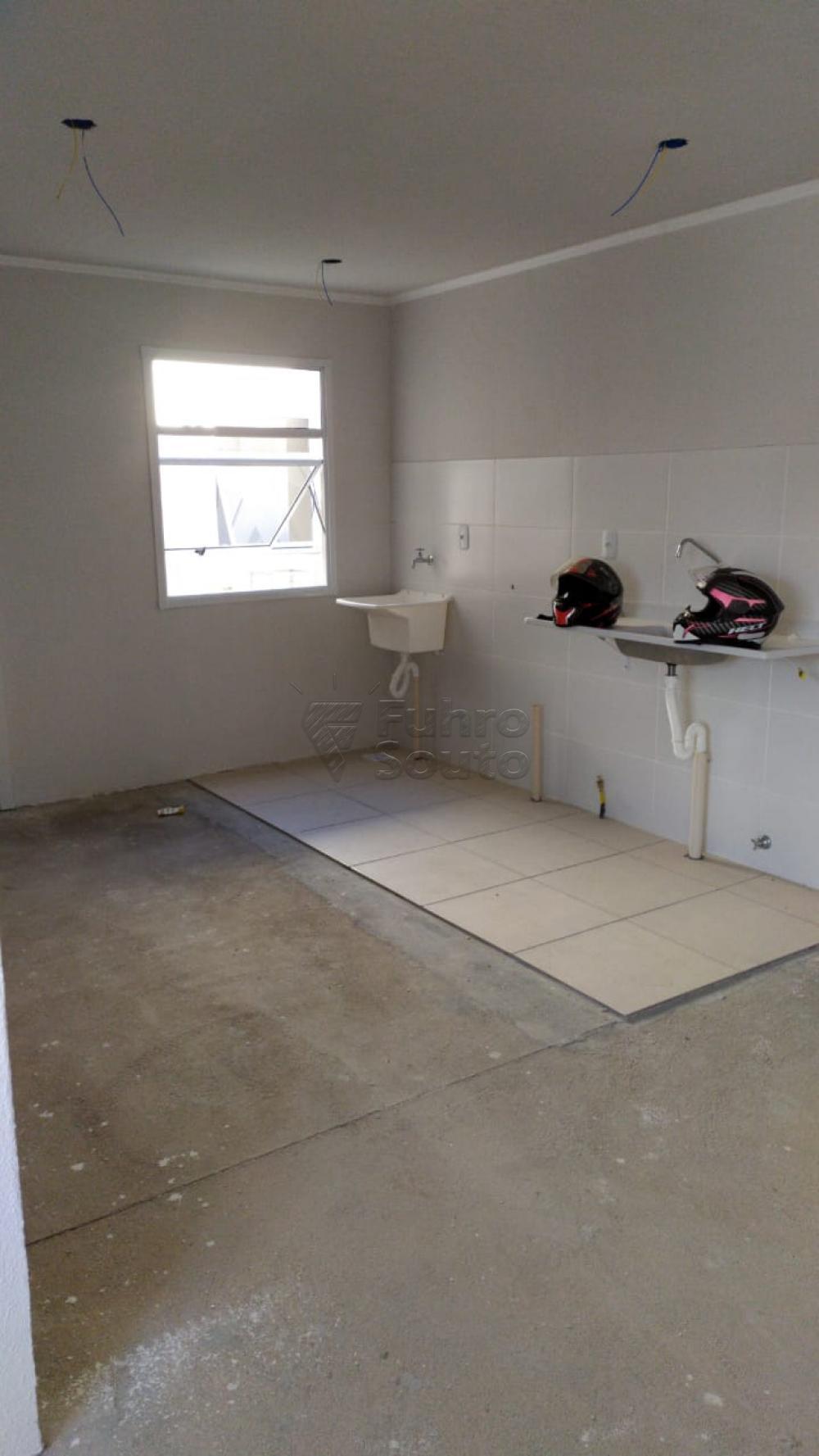 Comprar Apartamento / Padrão em Pelotas R$ 120.000,00 - Foto 7