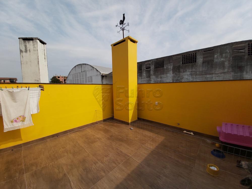 Comprar Casa / Condomínio em Pelotas R$ 680.000,00 - Foto 12