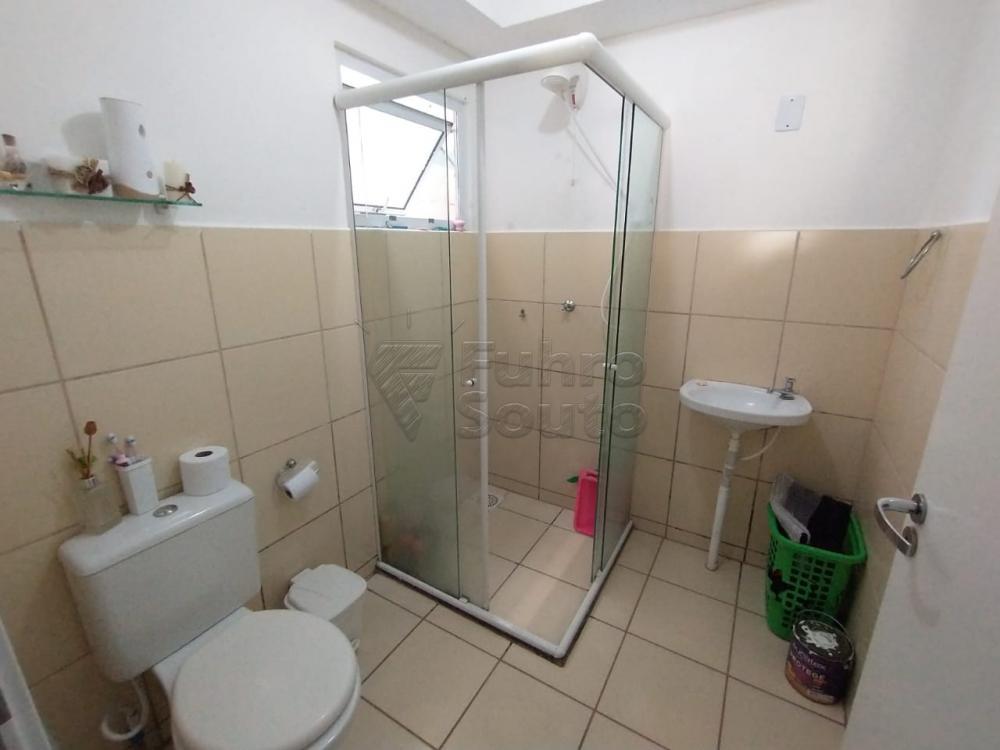Comprar Apartamento / Padrão em Pelotas R$ 140.000,00 - Foto 6