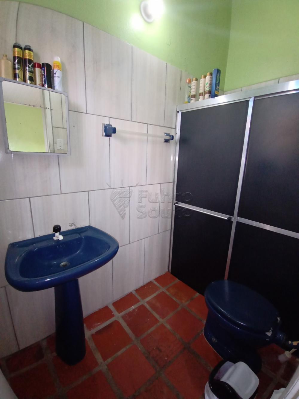 Comprar Casa / Padrão em Pelotas R$ 350.000,00 - Foto 7