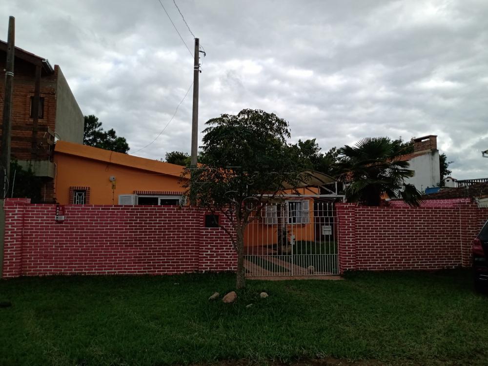 Comprar Casa / Padrão em Pelotas R$ 350.000,00 - Foto 12