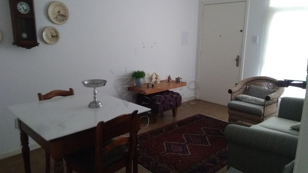 Comprar Apartamento / Padrão em Pelotas R$ 290.000,00 - Foto 2