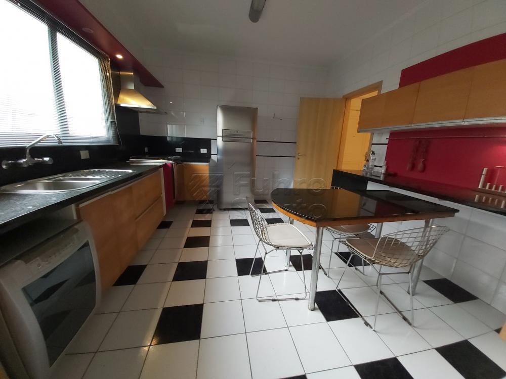 Comprar Apartamento / Cobertura em Pelotas R$ 1.600.000,00 - Foto 11