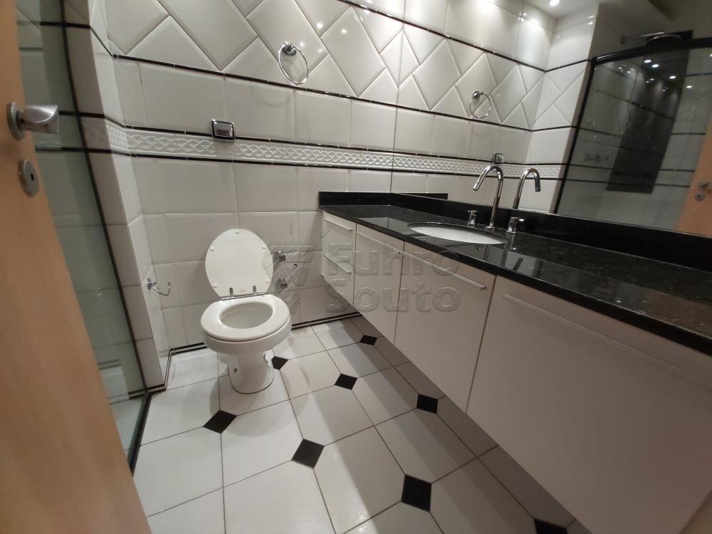 Comprar Apartamento / Cobertura em Pelotas R$ 1.600.000,00 - Foto 18