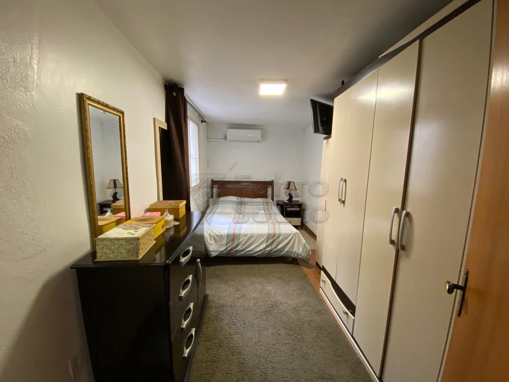 Comprar Apartamento / Fora de Condomínio em Pelotas R$ 180.000,00 - Foto 4