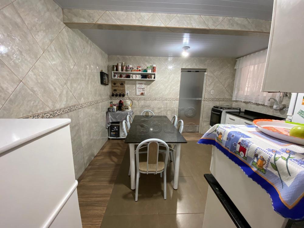 Comprar Apartamento / Fora de Condomínio em Pelotas R$ 180.000,00 - Foto 6