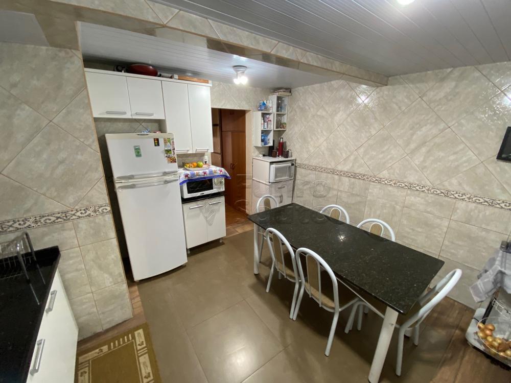 Comprar Apartamento / Fora de Condomínio em Pelotas R$ 180.000,00 - Foto 7