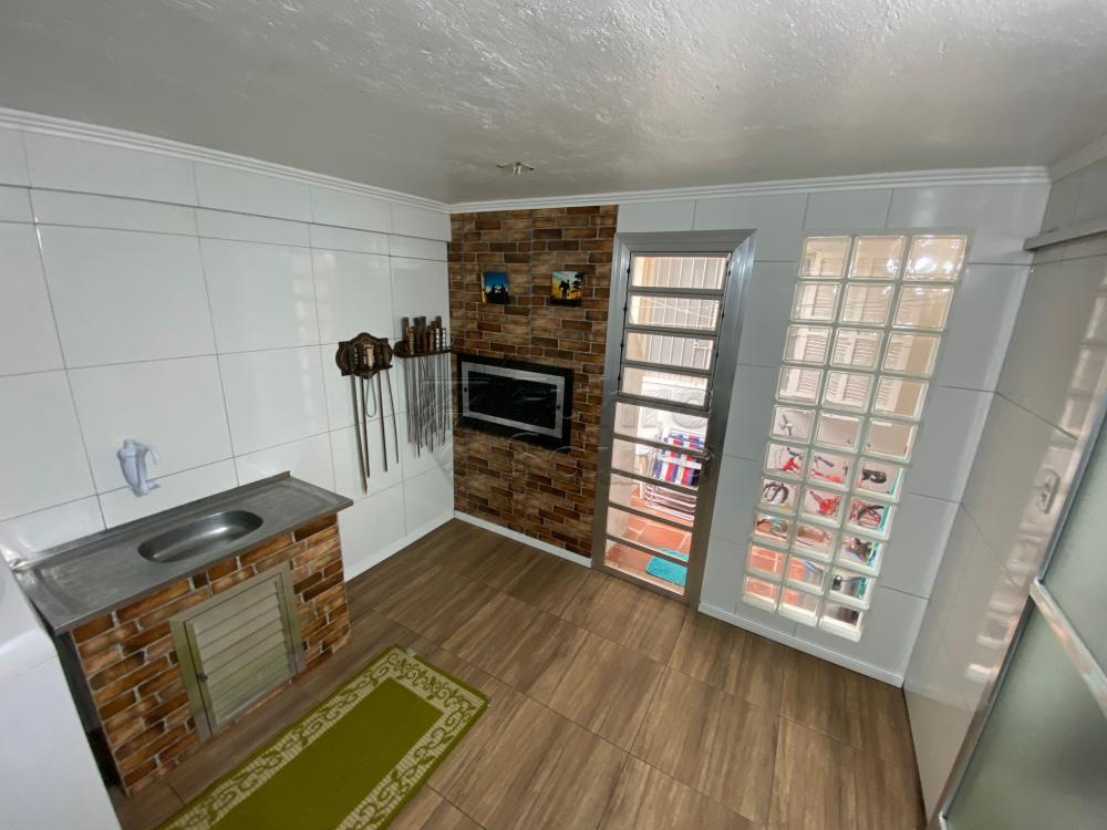Comprar Apartamento / Fora de Condomínio em Pelotas R$ 180.000,00 - Foto 8