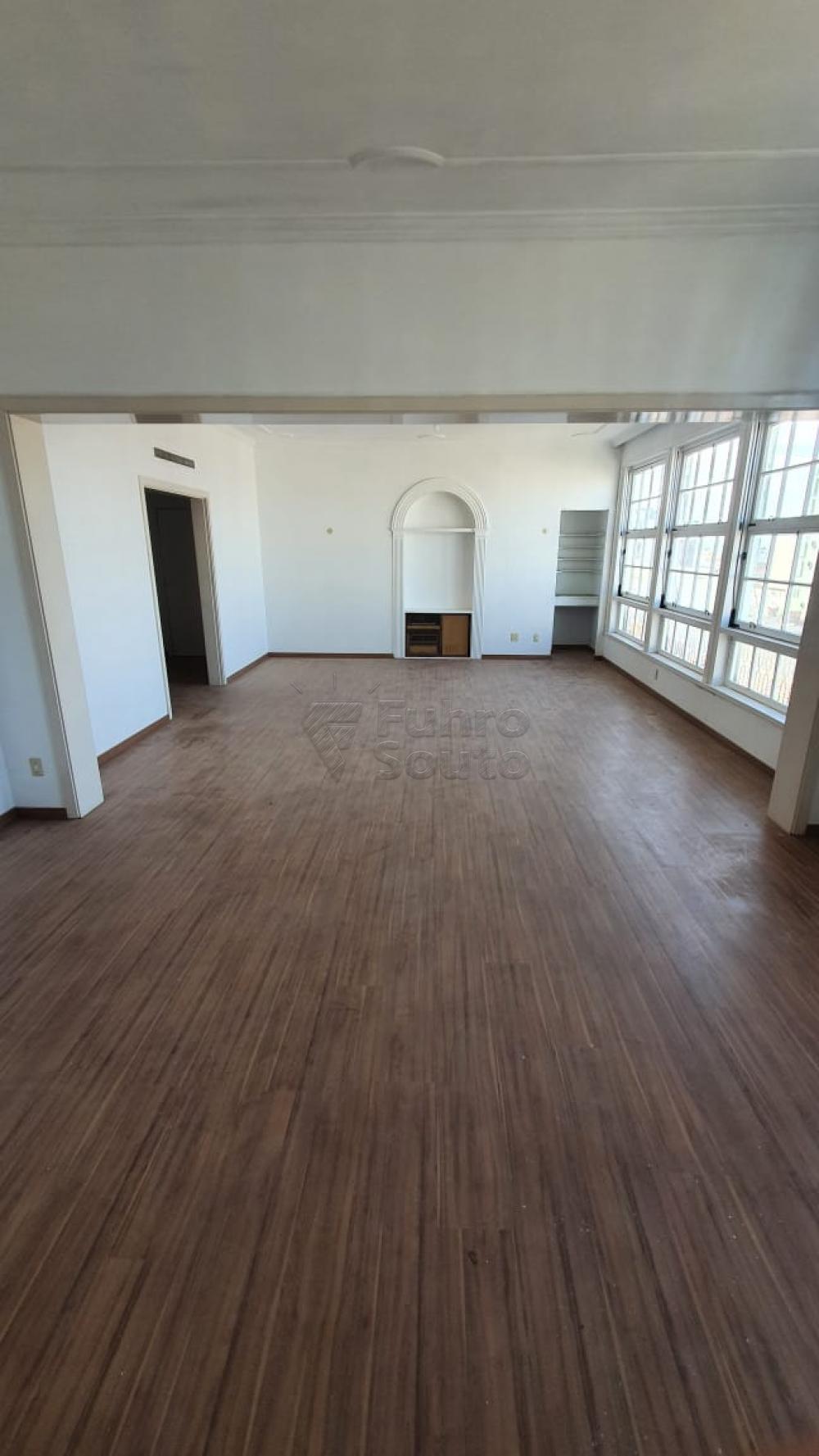 Comprar Apartamento / Padrão em Pelotas R$ 420.000,00 - Foto 7
