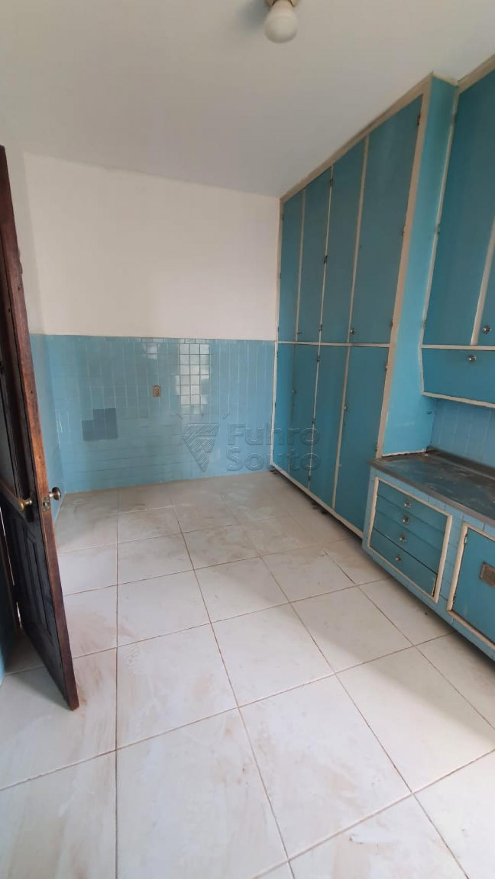 Comprar Apartamento / Padrão em Pelotas R$ 420.000,00 - Foto 17