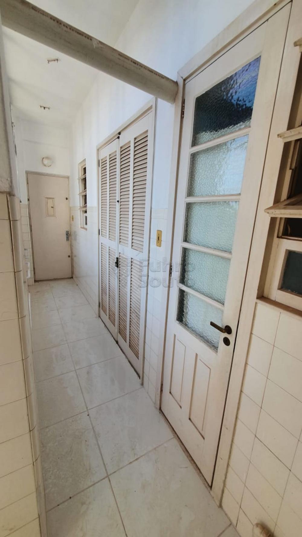 Comprar Apartamento / Padrão em Pelotas R$ 420.000,00 - Foto 22