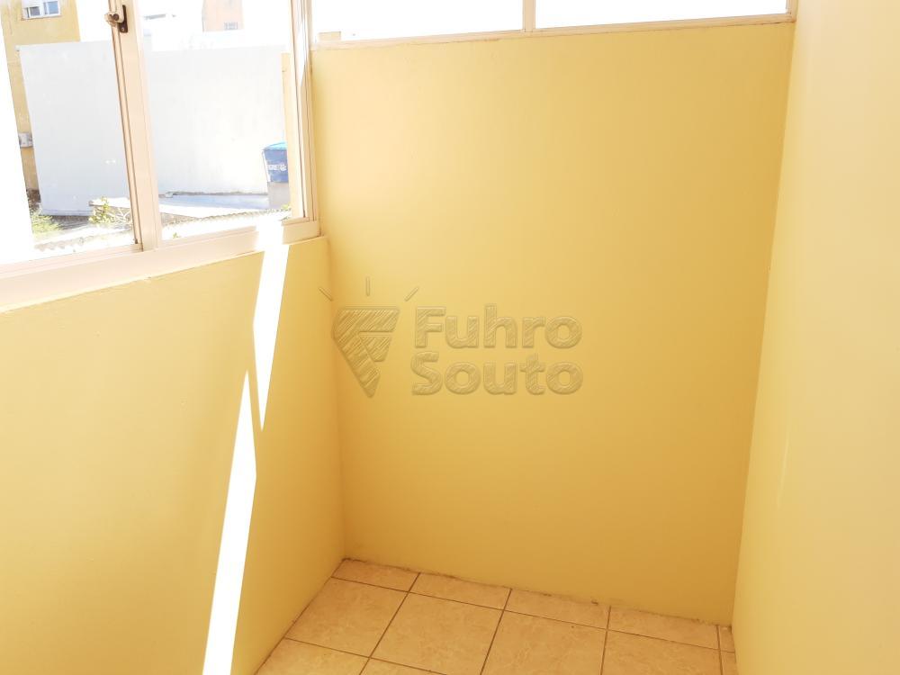Alugar Apartamento / Fora de Condomínio em Pelotas R$ 700,00 - Foto 9