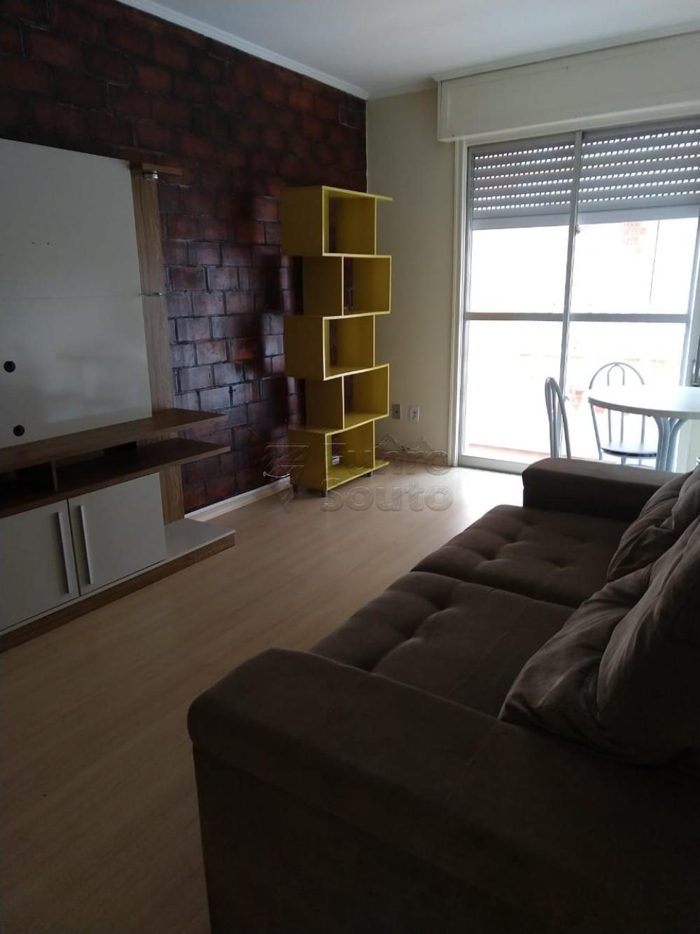 Alugar Apartamento / Padrão em Pelotas R$ 900,00 - Foto 1